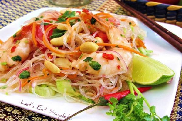 Cách làm món nộm miến dong kiểu Thái Lan